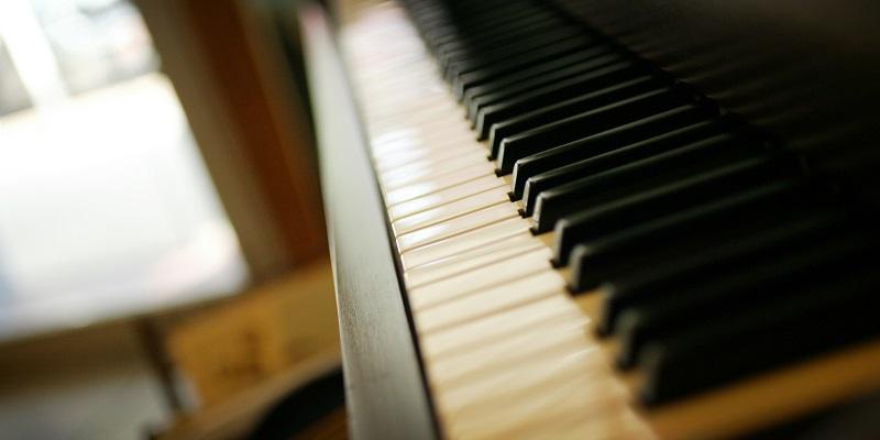 Piano(800.400)